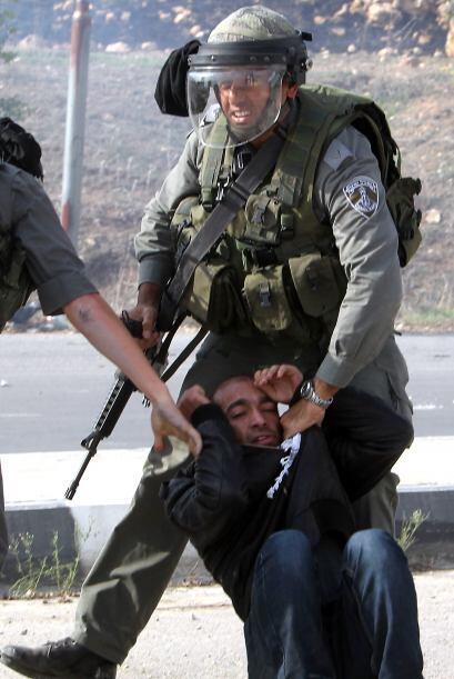 """Imágenes difundidas en el marco de la ofensiva militar israelí """"Pilar De..."""