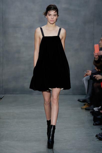 Los 'mini dresses' como este de Vera Wang, también son algo que veremos...