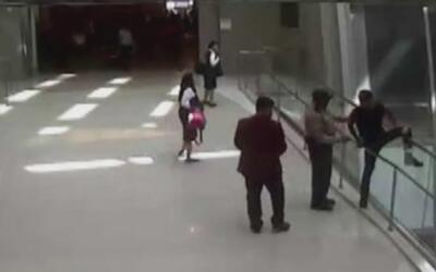 Agente de seguridad le salvó la vida a un joven que intentó suicidarse e...