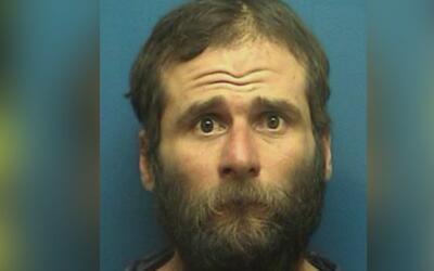 Arrestan a un sospechoso de golpear y prenderle fuego a un indigente en...