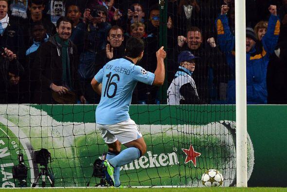 Sin embargo, el árbitro marcó un penalti muy criticado sobre Sergio Agüero.