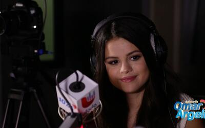 Selena Gómez habló acerca de su deber como mujer latina en El Baúl #12