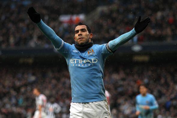 Carlos Tévez amagó con irse del Manchester City varias veces. Se comenta...