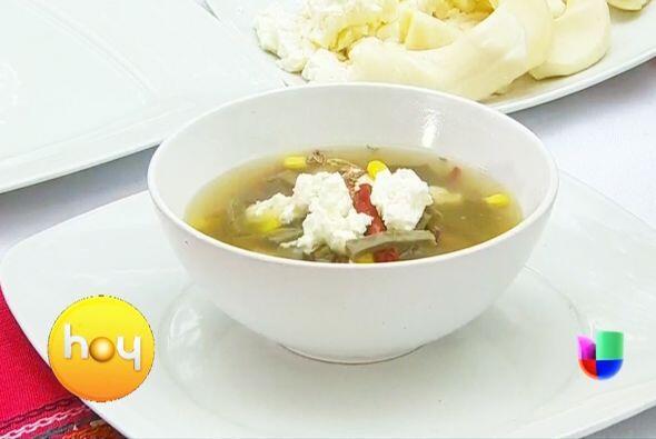 También puedes cocinar una rica sopa de nopal, tendrá mucha fibra y tend...