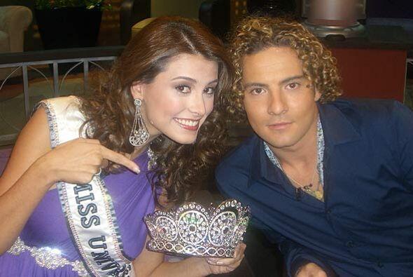 La Miss Universo, Stefania Fernández demostró su gran sent...