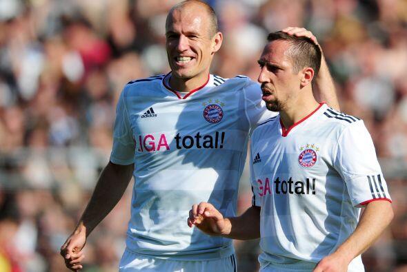 Pero en el duelo ante el Saint Pauli se reivindicó con un doblete.