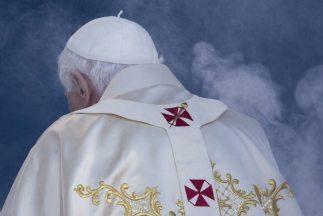 El Papa Benedicto XVI será llamado Papa Emérito a partir del 28 de febre...