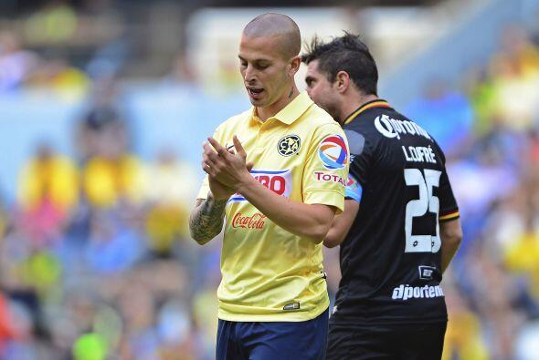 Los goles de ese debút en el fútbol mexicano se los dedic&...
