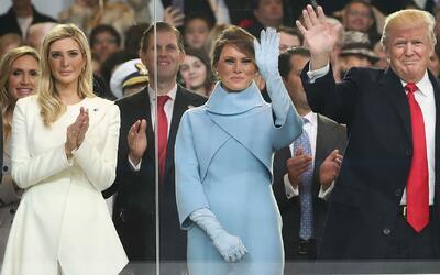 Qué comunicó realmente la imagen del Presidente Trump y su familia duran...