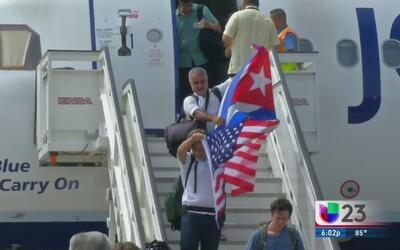 Así fue el primer vuelo comercial de Estados Unidos a Cuba