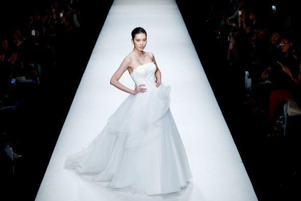 Los olanes le dieron un toque más estilizado a este vestido, algo...