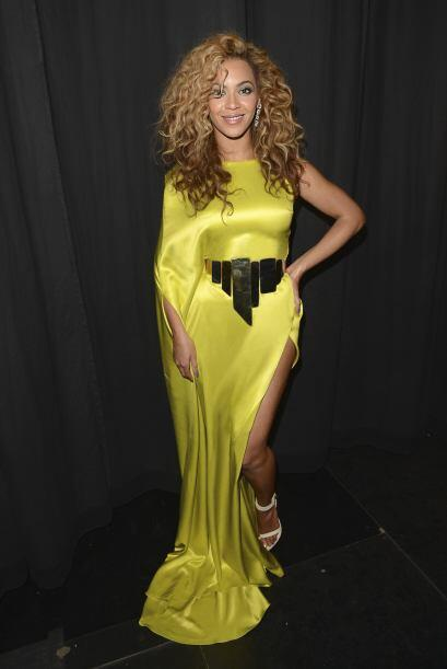 Beyoncé quedó muy dolida y dejó de hablarle. Por ello decidió buscar a o...