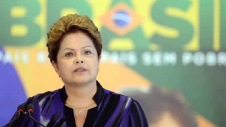 "La presidenta brasileña tomará ""medidas"" para castigar a los culpables d..."
