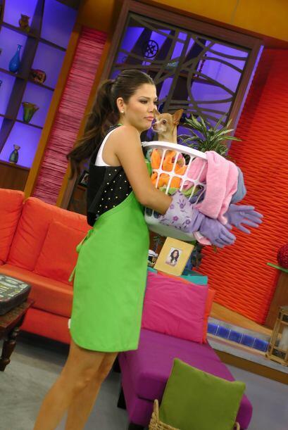 Así luce Ana Patricia cuando hace la limpieza en su casa. &iquest...