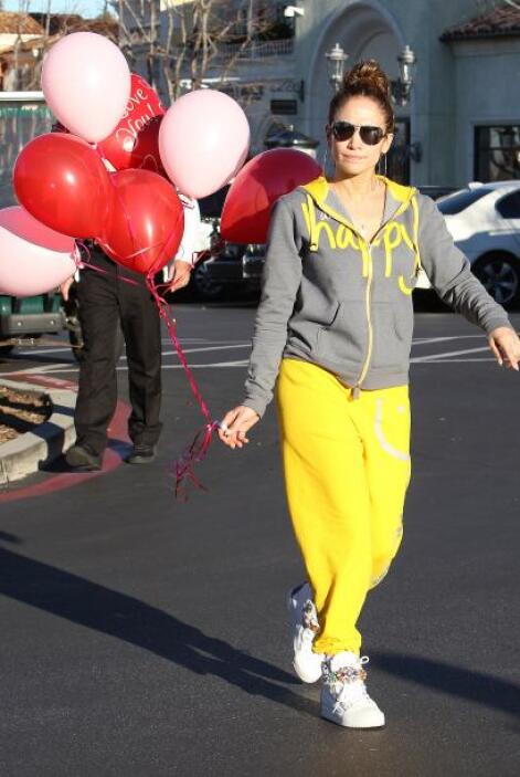 ¡Sorpresa! Compró varios globos. Mira aquí los videos más chismosos.