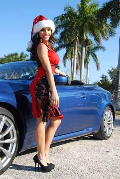 Desde que ganó la corona de Miss República 2011, Cynthia ha estado llena...
