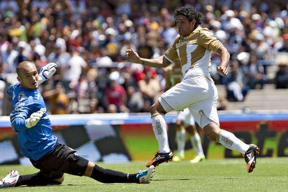 Jugó el primer tiempo, anotó sus goles a los minutos 21 y...
