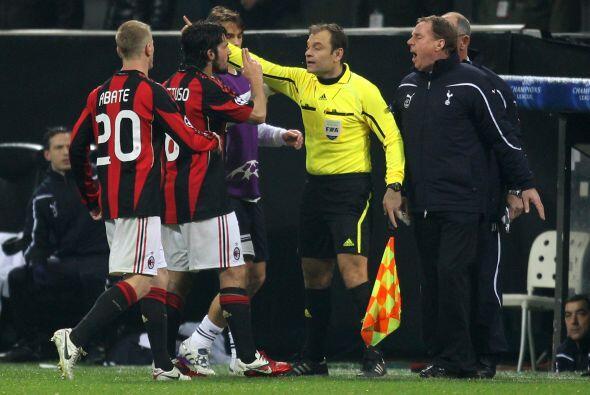 En un momento de locura, uno de los tantos, Gattuso discutió feo con mie...