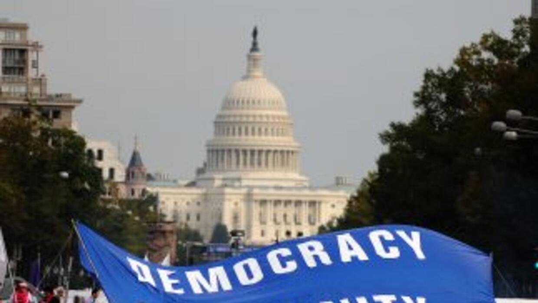 La manifestación tiene permiso hasta febrero de 2012.
