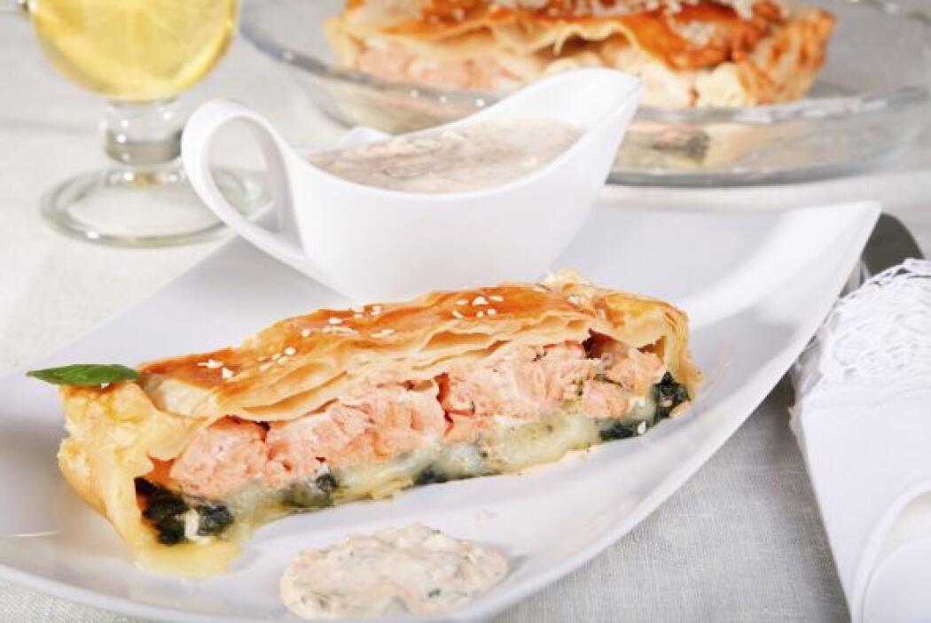 Salmón El salmón es un excelente pez de carne jugosa que, si se cocina b...