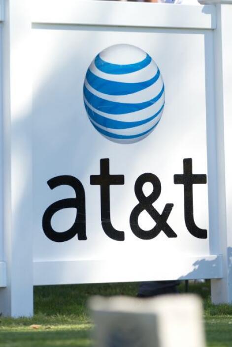 3. AT&T    Aunque esta compañía tiene millones de clientes, muchos de el...