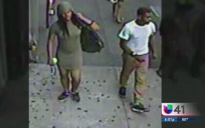 Buscan a pareja que golpeó a un anciano en Manhattan