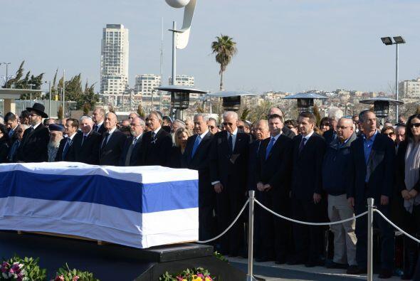 "Netanyahu destacó que Sharón fue un ""líder pra..."