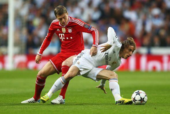 Robert Lewandowski más que compensará la salida del atacante Mario Mandz...