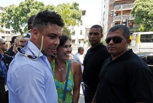 Algunos se tomaron fotos con Ronaldo.