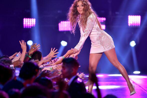Jennifer Lopez también se divirtió en los premios.
