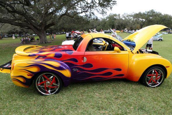 ¿Te gustaría un automóvil que esté pintado así?  Mira esta gran aventura.