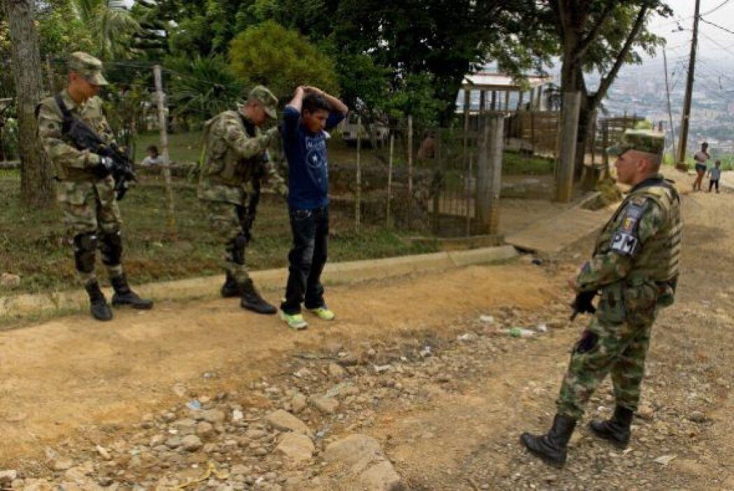 Pinzón recordó que 437 mil miembros de las Fuerzas Armadas y la Policía...