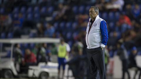 Tomás Boy no será más el técnico de Cruz Azul.