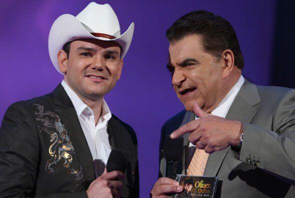 El cantante le reveló a Don Francisco todo sobre sus inicios en el mundo...