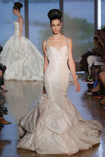 No todas las novias tienen el deseo de casarse con un vestido de princes...