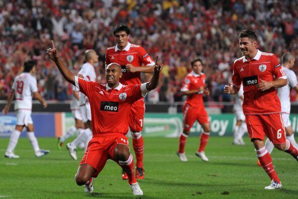 Los tantos de Luisao y Oscar Cardozo decretaron el triunfo por 2-0.