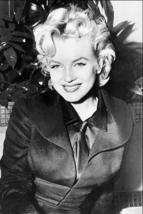 Sin embargo los rumores sobre un romance con la diva Marylin Monroe siem...