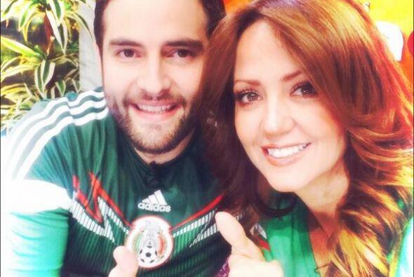 Andrea Legarreta y Memo Schutz Todo sobre el Mundial de Brasil 2014.