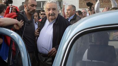Millonaria oferta por el viejo automóvil del presidente José Mújica