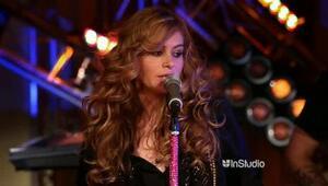 Paulina Rubio - Volvamos A Empezar (live)