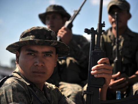 El año 2010 fue un año difícil para el ejército mexicano en el marco de...