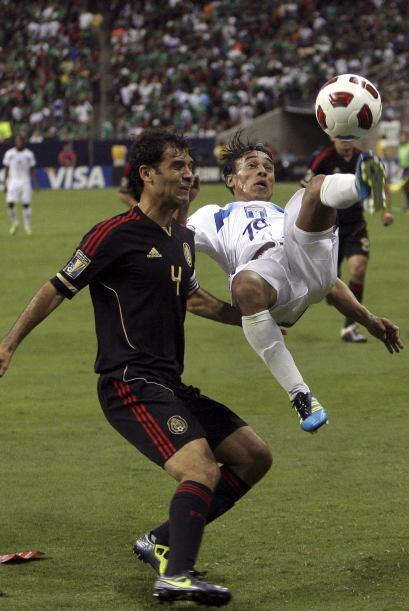 Rafa Márquez tuvo una extraordinaria noche en la que no dejó pasar a los...