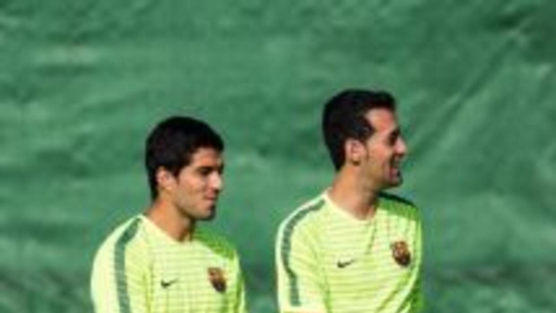 Sergio Busquets reapareció en el entrenamiento del Barcelona.