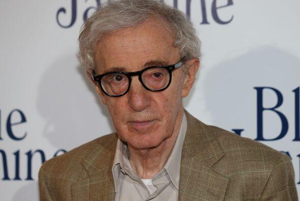 Woody Allen, cuyo nombre original es Allan Stewart Konigsberg, nació 1 d...