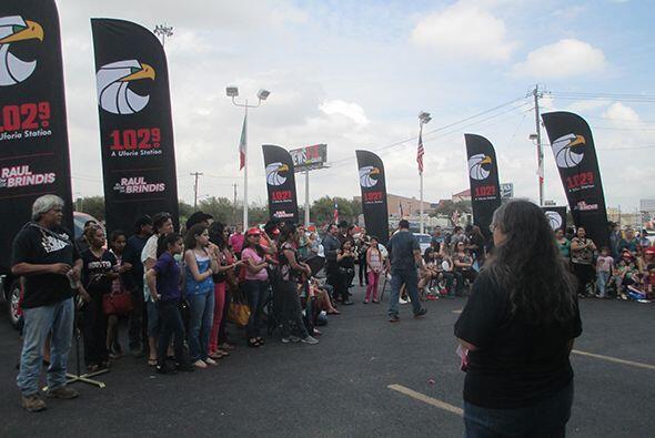 Niños y adolescentes de Houston y sus alrededores acudieron a mostrar su...