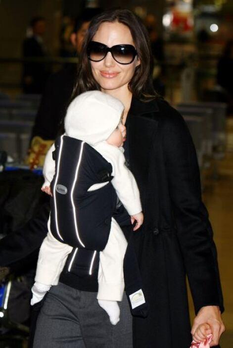 Angelina es una excelente mami.Mira aquí más videos de Chismes.
