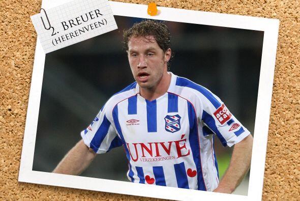 La zaga cuenta con Michel Breuer, hombre del Heerenveen que dejó la defe...