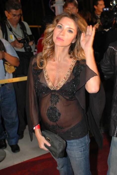 Isabella Camil, hermana de Jaime Camil, fue mamá de Antonia hace 8 años.