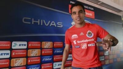 En la última práctica de Chivas, Bravo ocupó la titularidad en el cuadro...