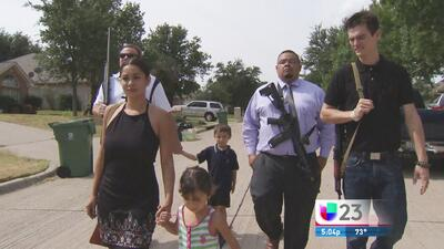 En Arlington, Texas hay quienes se pasean armados